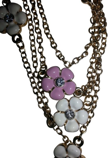 Preload https://item4.tradesy.com/images/pink-white-gold-vintage-and-flower-necklace-9912208-0-1.jpg?width=440&height=440