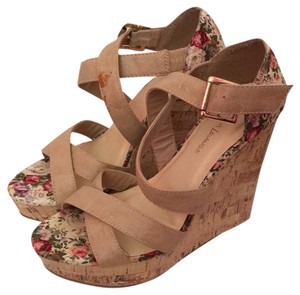 Diva Lounge Tan/ floral Wedges