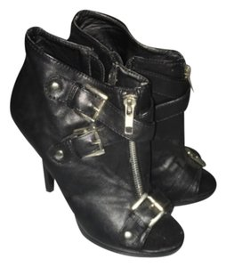 ShoeDazzle Bootie Buckle Edgy Sexy Black Boots