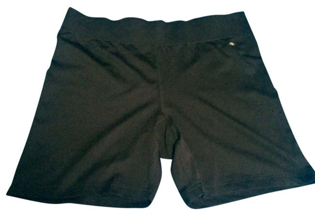 Preload https://item3.tradesy.com/images/blac-shorts-size-6-s-28-9915787-0-1.jpg?width=400&height=650
