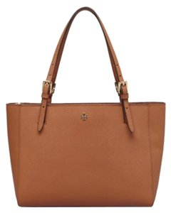 Tory Burch Tan York Brea Fleming Marion Slouchy Thea Britten Saffiano Miller Reva Tote in Luggage