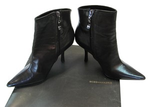 BCBGMAXAZRIA Leather Tops And Soles Black Boots
