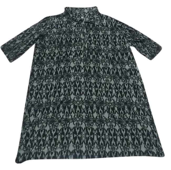 Item - Black & Grey Print **sale** Featuring 3/4 Sleeves Graphic Mid-length Work/Office Dress Size 20 (Plus 1x)