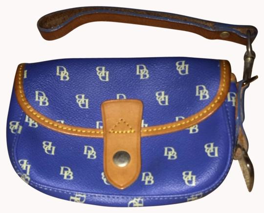Preload https://item2.tradesy.com/images/dooney-and-bourke-blue-wristlet-992011-0-0.jpg?width=440&height=440