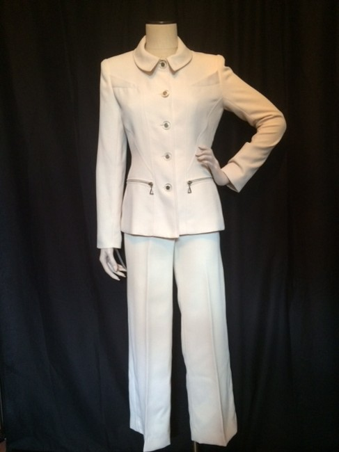Preload https://item3.tradesy.com/images/ivory-vintage-nos-stunning-two-piece-structured-made-in-france-pant-suit-size-4-s-992702-0-0.jpg?width=400&height=650