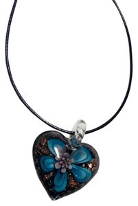 Other Blown Glass flower pendant necklace on a sterling silver chain A024