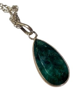 Other Green Onyx stone pendant necklace sterling silver N092