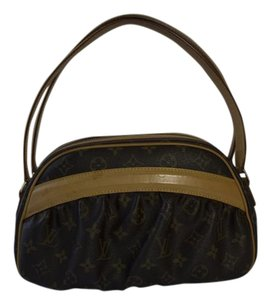 Louis Vuitton Clara Lv Shoulder Bag