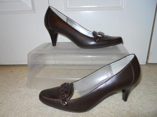 Talbots Leather brown Pumps