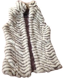 Me Jane Faux Fur Chic Vest