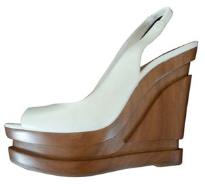 Jessica Simpson Classic Art Deco Platform Neutral White Wedges