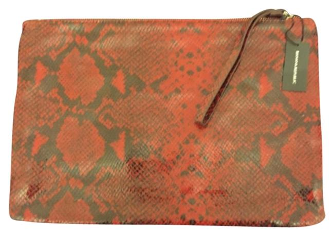 Banana Republic 558329-011 Black and Red Splithide Cow Leather Clutch Banana Republic 558329-011 Black and Red Splithide Cow Leather Clutch Image 1