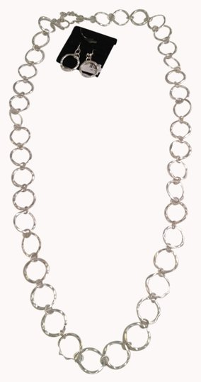 Preload https://img-static.tradesy.com/item/993352/brushed-silver-necklace-and-earring-set-0-0-540-540.jpg