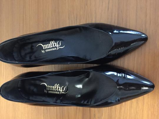 Mullys by Innocence Soft Comfortable Classic black Pumps