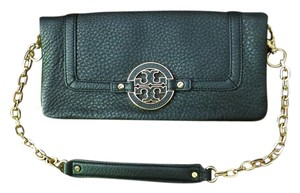 Tory Burch Tory Burch Amanda East West Wallet on Chain