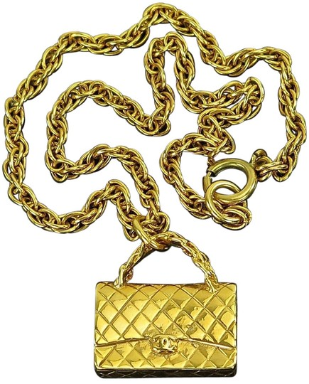 Preload https://img-static.tradesy.com/item/9934009/chanel-vtg-goldtone-chain-necklace-with-quilted-bag-pendant-0-2-540-540.jpg
