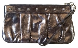 Express Wristlet in Metalic Silver
