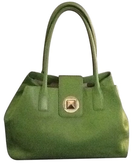Preload https://img-static.tradesy.com/item/9937762/kate-spade-green-leather-weekendtravel-bag-0-2-540-540.jpg