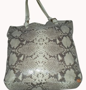 Cynthia Rowley Tote in snakeskin leather