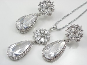 Flower Ultra Big Pear Cut Swiss Cubic Zirconia Drop Jewelry Earrings And Necklace Set