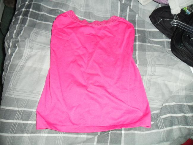 Item - Pink Lace Tank Top/Cami Size 8 (M)