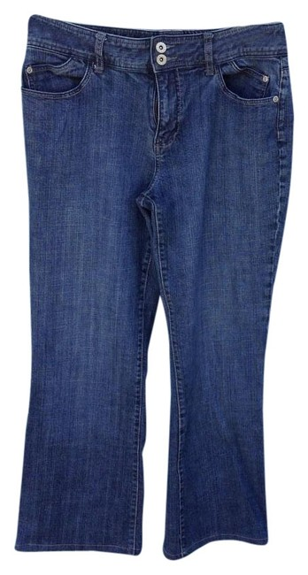 Preload https://item4.tradesy.com/images/chico-s-medium-blue-wash-platinum-boot-cut-jeans-size-33-10-m-9941683-0-3.jpg?width=400&height=650