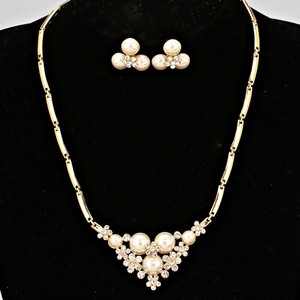 Crystal And Pearl Cherry Blossom Necklace Set