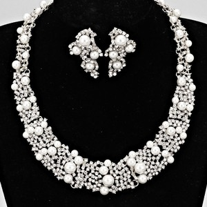 Pearl And Crystal Statement Necklace And Earring Set