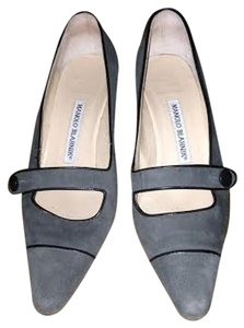 Manolo Blahnik Mary Jane Grey suede Pumps