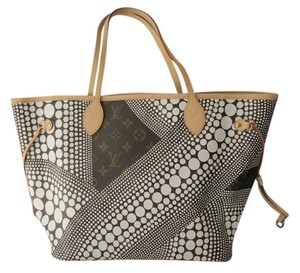 Louis Vuitton Tote in Brown/White