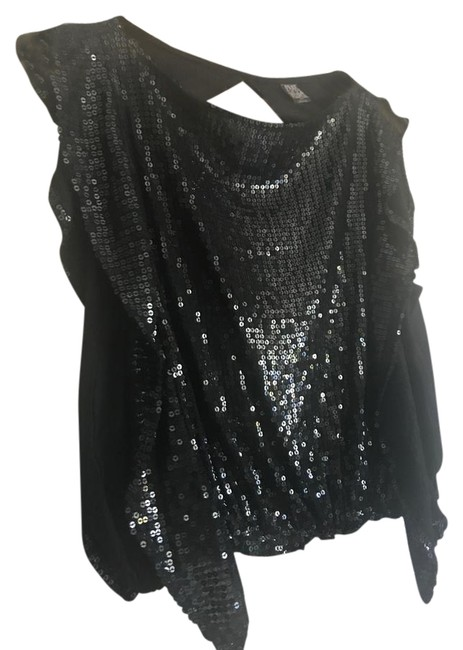 Preload https://img-static.tradesy.com/item/9943696/free-people-black-sequin-night-out-top-size-4-s-0-4-650-650.jpg