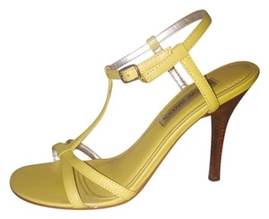 Steve Madden Leather Casual Summer Spring Brights Yellow Sandals