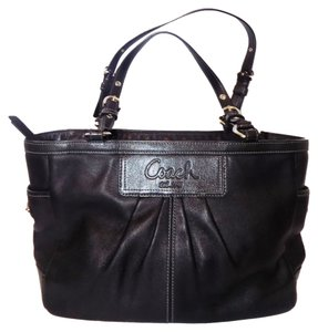 Coach Pleated Classic Work Leather Tote in Black