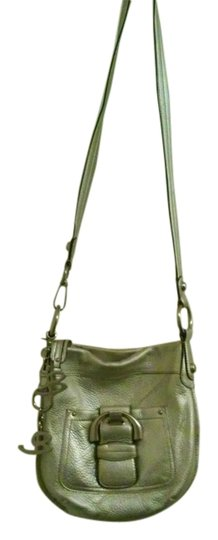 Preload https://item3.tradesy.com/images/b-makowsky-silver-and-silver-buckles-and-clasp-leather-cross-body-bag-9946402-0-1.jpg?width=440&height=440