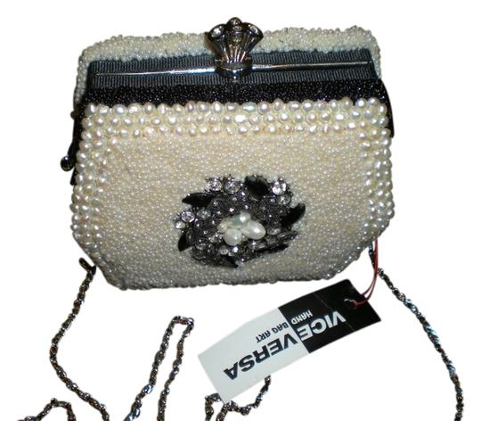 Other Purse Handmade Satchel in white pearls