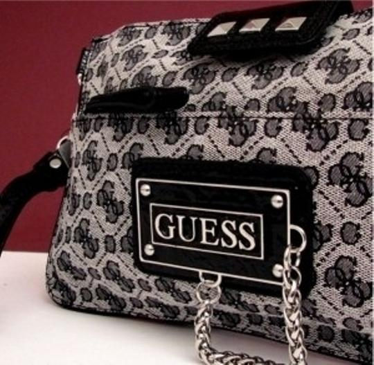 Guess Gray/black Clutch
