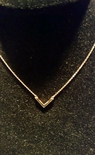 Michael Kors MICHAEL KORS GOLD TONE V PENDANT BLACK CRYSTALS NECKLACE NEW WITH TAGS AND POUCH