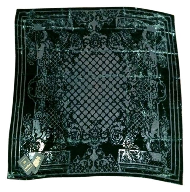 Item - Emerald Green New with Tags Velvet Scarf/Wrap