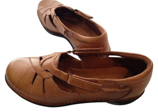 Item - Briowm Mary Jane Saddle Brown Flats Size US 8.5 Wide (C, D)