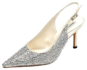 Benjamin Adams Designer Crystals Sparkle Low Heel Silk Vintage White Formal