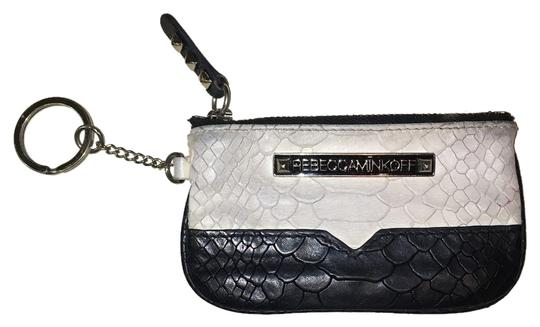 Preload https://img-static.tradesy.com/item/9962353/rebecca-minkoff-wallet-0-1-540-540.jpg