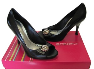 BCBGeneration New Size 5.50 M Leather Black Pumps