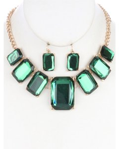 Stone Bib Necklace and Earring Set - Green