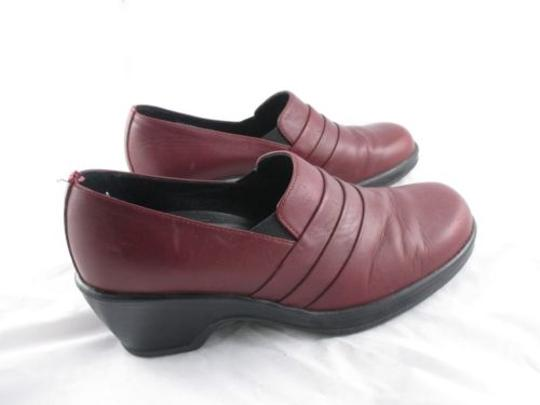 Preload https://item3.tradesy.com/images/dansko-womens-red-leather-slip-on-loafers-shoes-clogs-eu-9966877-0-0.jpg?width=440&height=440
