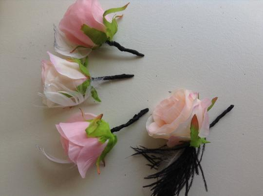 Other Groom Groomsmen Boutonnieres 4 Roses