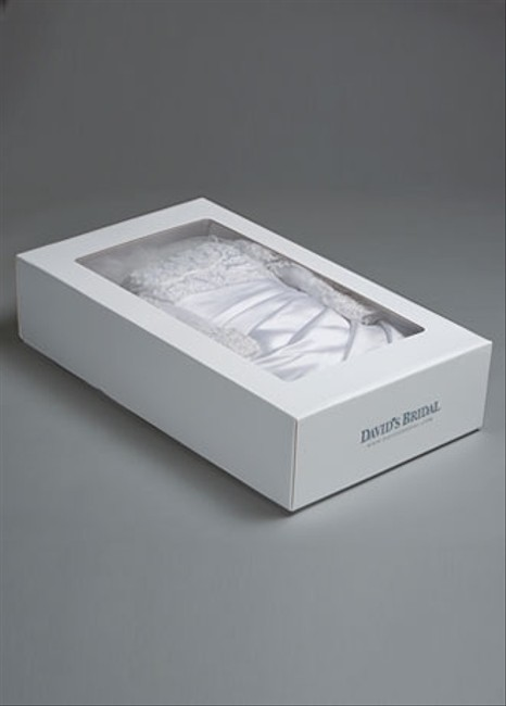 Item - Wedding Gown Professional Cleaning & Preservation Kit