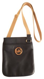 Michael Kors Gold Tone Hardware Leather Leather Cross Body Bag