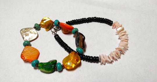 Other Two Handmade Shell Bracelets A60
