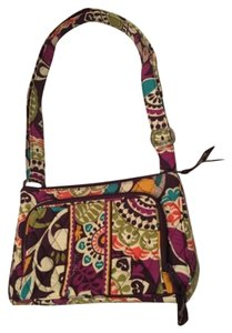 Vera Bradley Gently Used Looks Like New Cross Body Bag