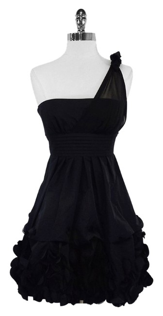 Preload https://item2.tradesy.com/images/bcbgmaxazria-black-one-shoulder-short-casual-dress-size-0-xs-9976111-0-1.jpg?width=400&height=650